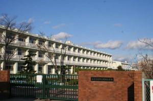 鴨田小学校